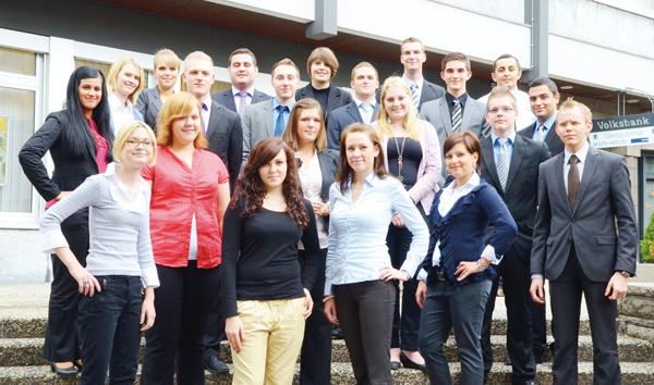 Auszubildende der Rüsselsheimer Volksbank, 2012