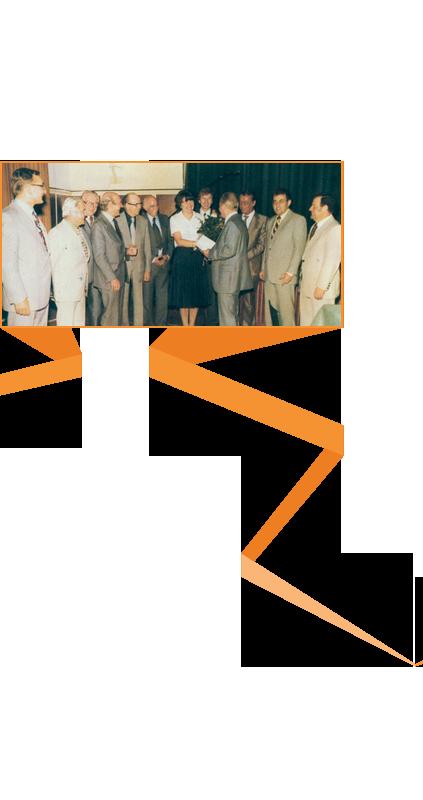 Die_Zahl_der_Mitglieder_waechst_Orange_r1_c4