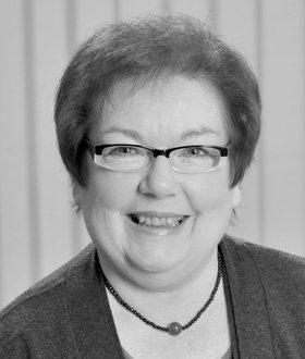 Ursula Dümmke, Privatkundenmarkt
